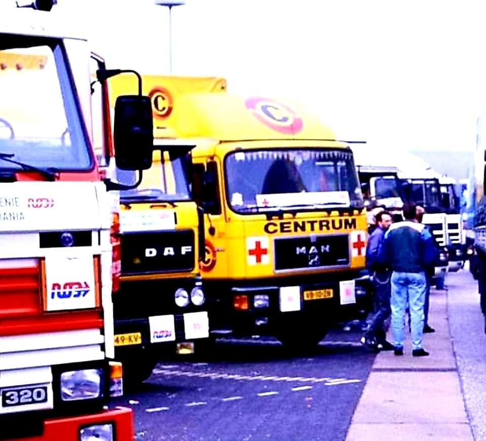 1990-Hennk-Klasens-hulpgoederen-naar-Sibiu-en--Hunedoara-Romenie-80-wagens-(4)