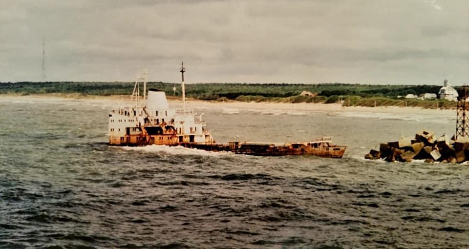 Henk-Klasens-DAF-95-VG-65-VN-ferry-boot-Mukran-Klapeda-begin-jaren-90-(2)