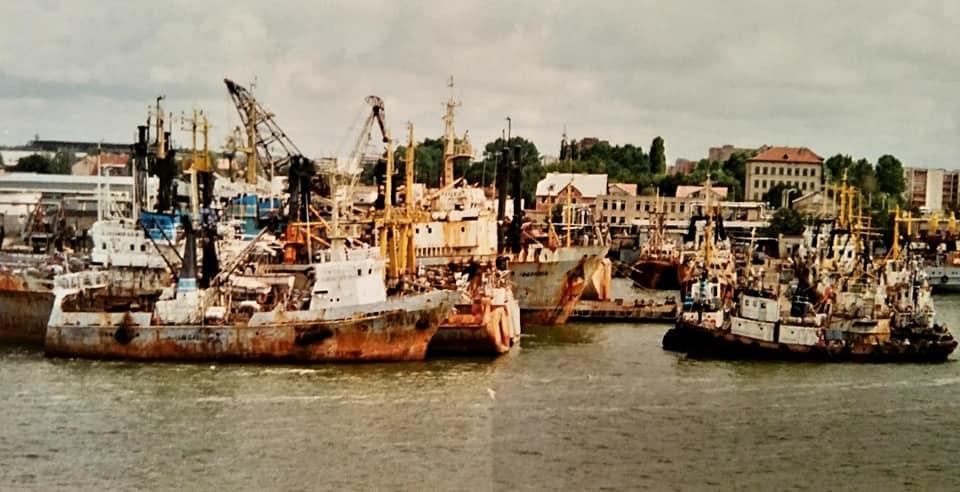 Henk-Klasens-DAF-95-VG-65-VN-ferry-boot-Mukran-Klapeda-begin-jaren-90-(4)