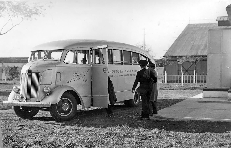 Oldsmobile-chassis--Un-autobus---en-Argentine-1937