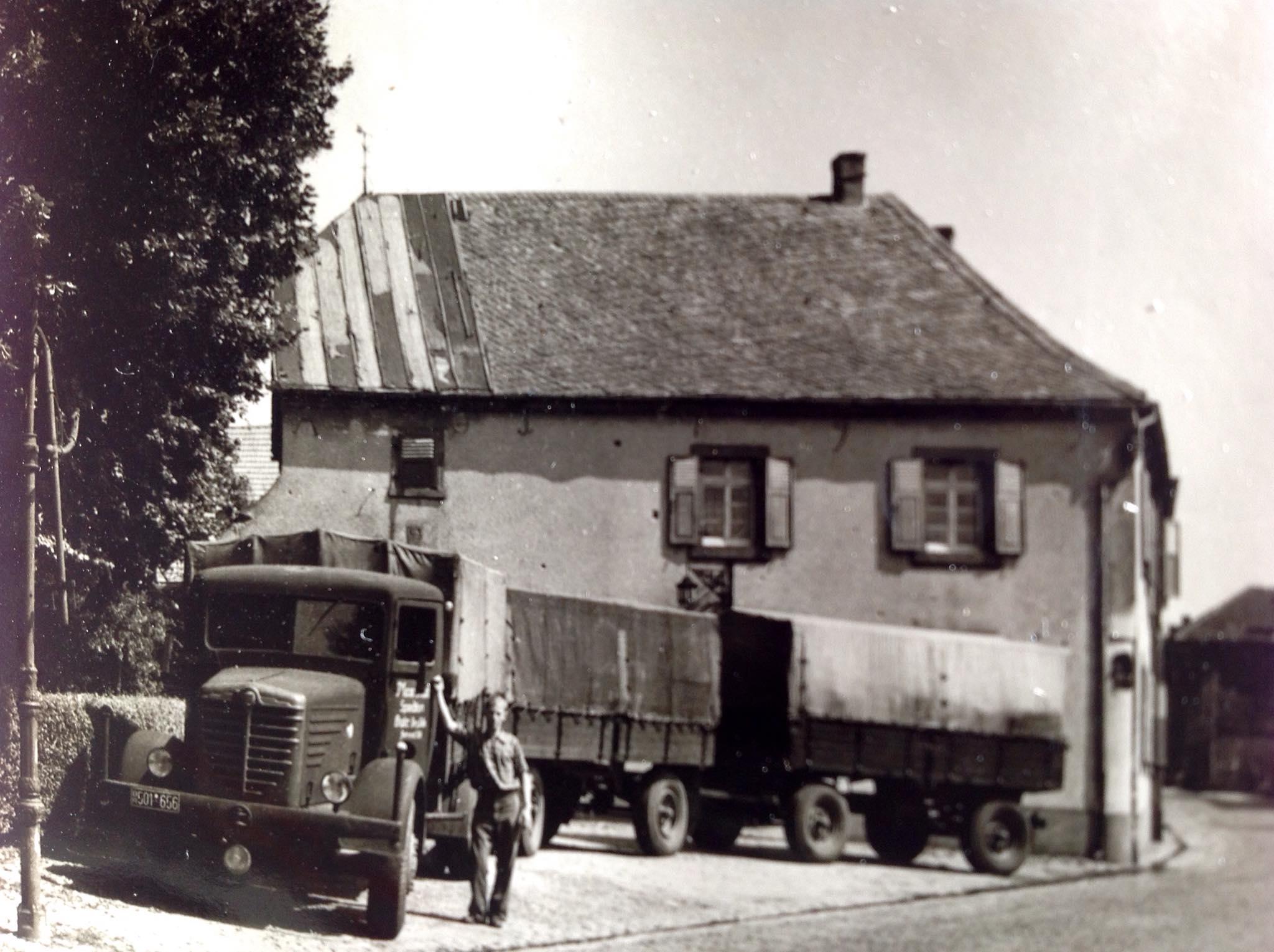 een-oom-in-1951--Bussing-NAG