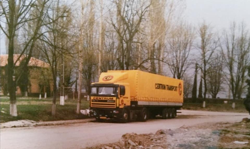 Henk-Klasens-Daf-95-VG-65-VN-lossen-in-Romenie-en-Bulgarije-jaren-90