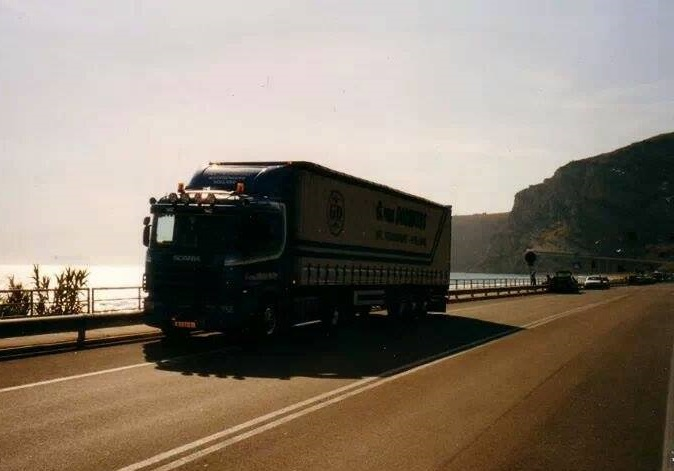 Scania-124-L400-(3)