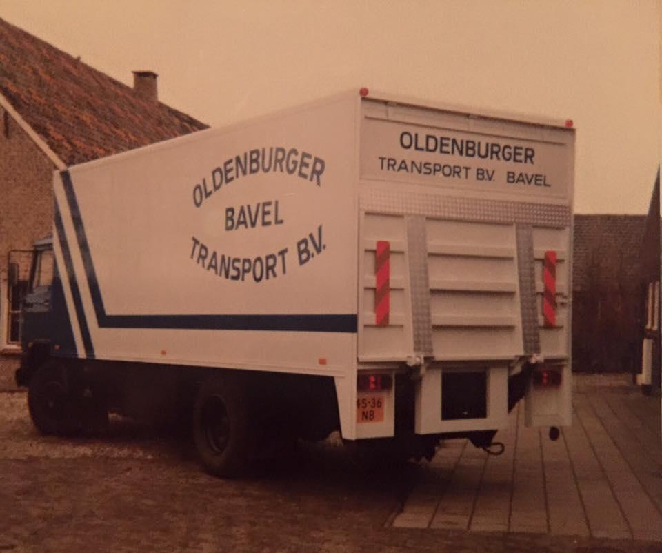 0-DAF--eerste-bakwagen--Appy-Machielse-archief