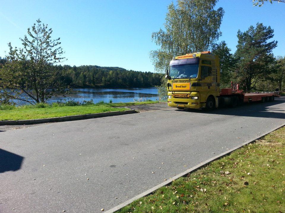 29-9-2013-2-chalet-naar-Noorwegen-1-voor-een-camping-ander-voor-een-beurs-(4)