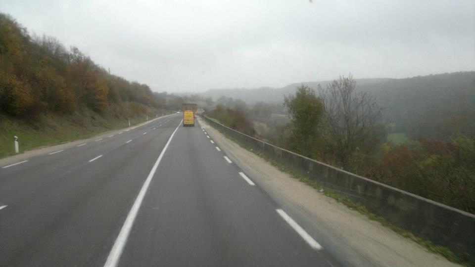 9-11-2012-caravans-van-Frankrijk-naar-Duitsland--Loudeac-naar-Wackersdorf-(11)