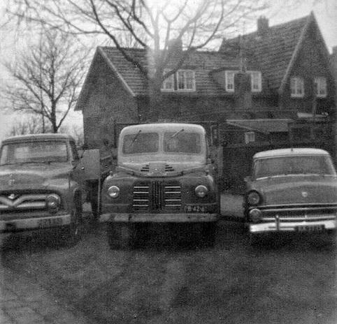 Chevrolet--Austin-Ford-Fairline