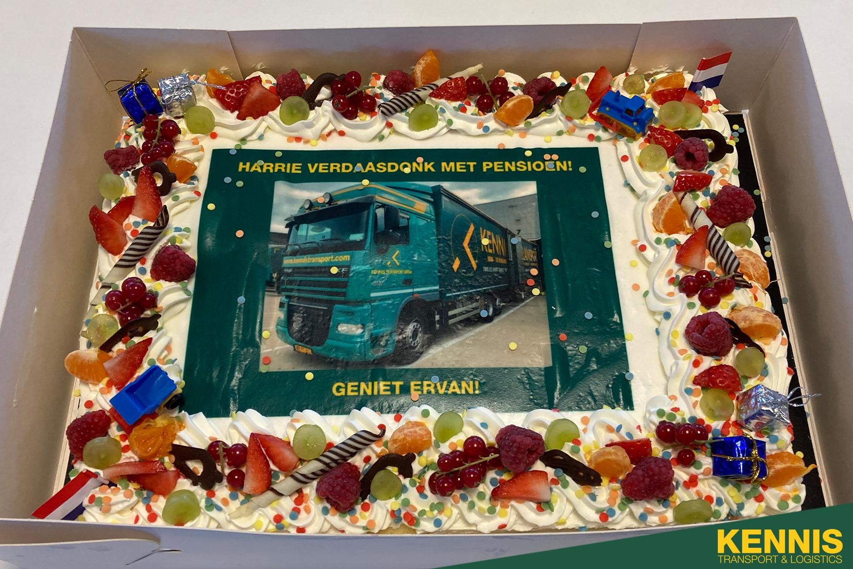 Onze--chauffeur-Kevin-van-Gils-is-vandaag-12-5-jaar---bij-ons-29-10-2020
