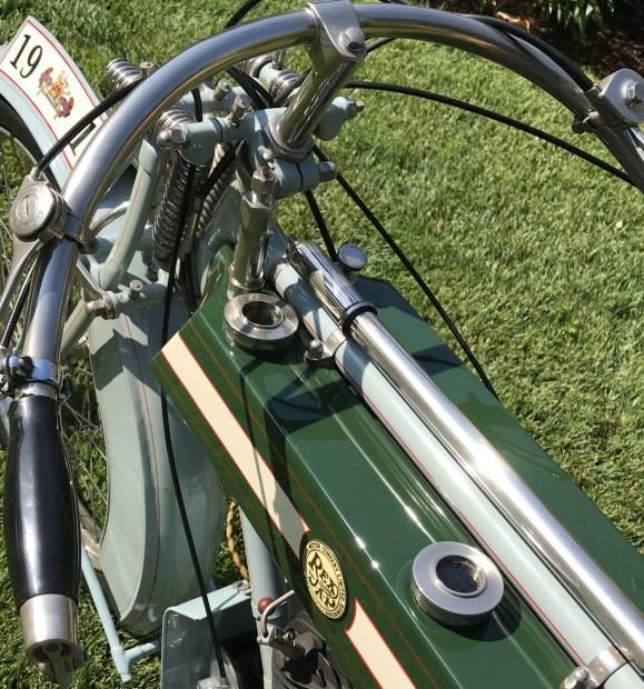 Rex-Jap-1913-aangepast-voor-racing-680-CC-V-twin-(2)
