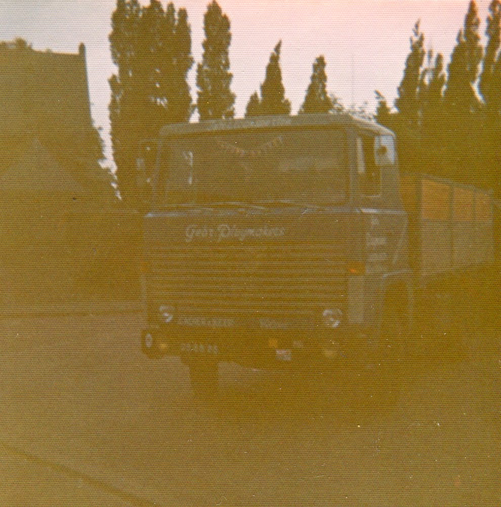 Scania--uit-gebr-Pluymakers-is-Plutrans-ontstaan