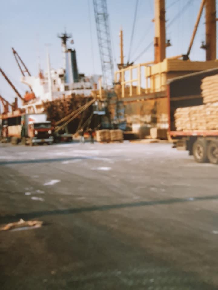 Export--suiker-naar-Vlissingen-en-aluminium-laden-in-Rotterdam--Harm-Bakker-(2)