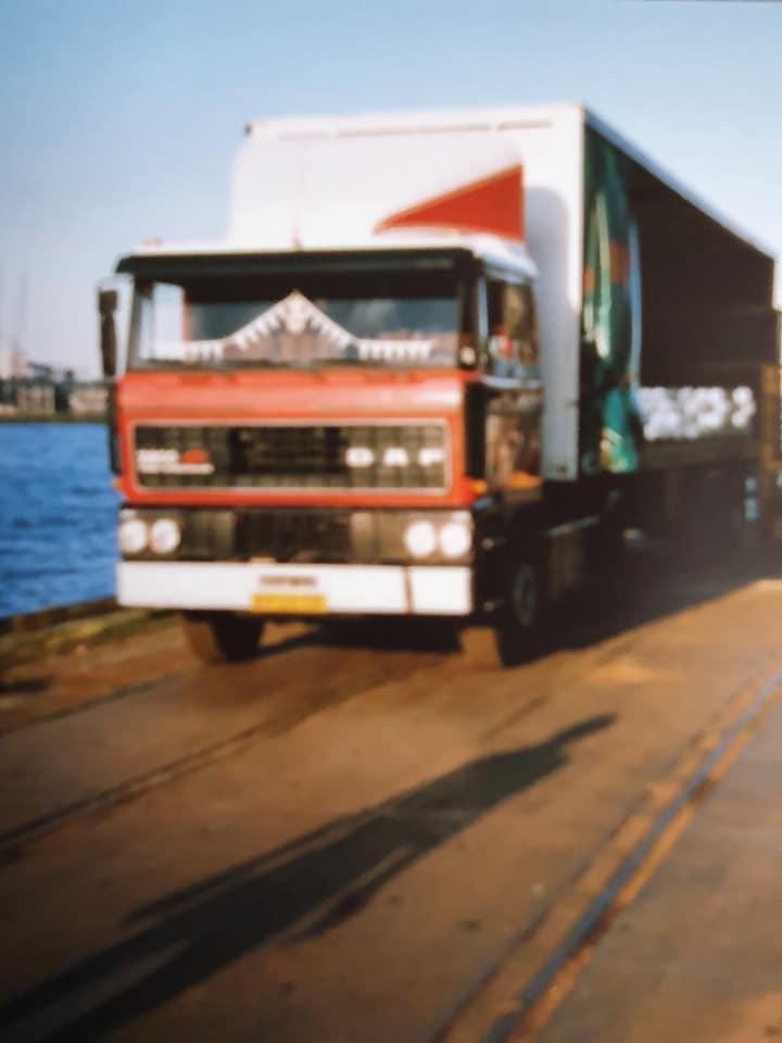Export-suiker-naar-Vlissingen-en-aluminium-laden-in-Rotterdam--Harm-Bakker