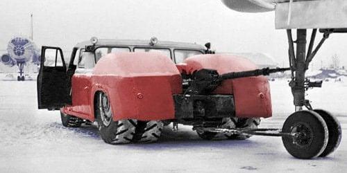 MAZ-541--1956-38-8-liter-motor-V12-500-PK-vliegtuig-trekker--(2)