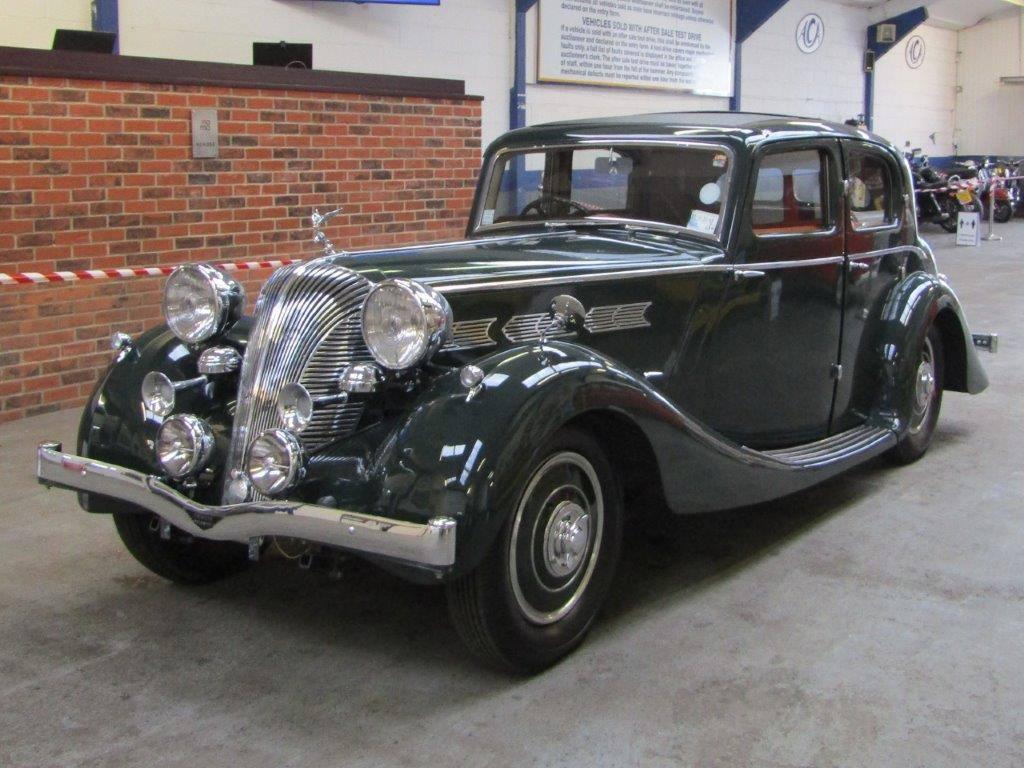 Triumph-Dolomite-Saloon--1938--2000-CC-6-Cyl-kopklepper-4-versnellingen-bladvering-voor-en-achter-(5)