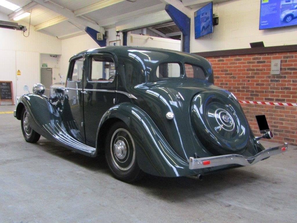 Triumph-Dolomite-Saloon--1938--2000-CC-6-Cyl-kopklepper-4-versnellingen-bladvering-voor-en-achter-(6)