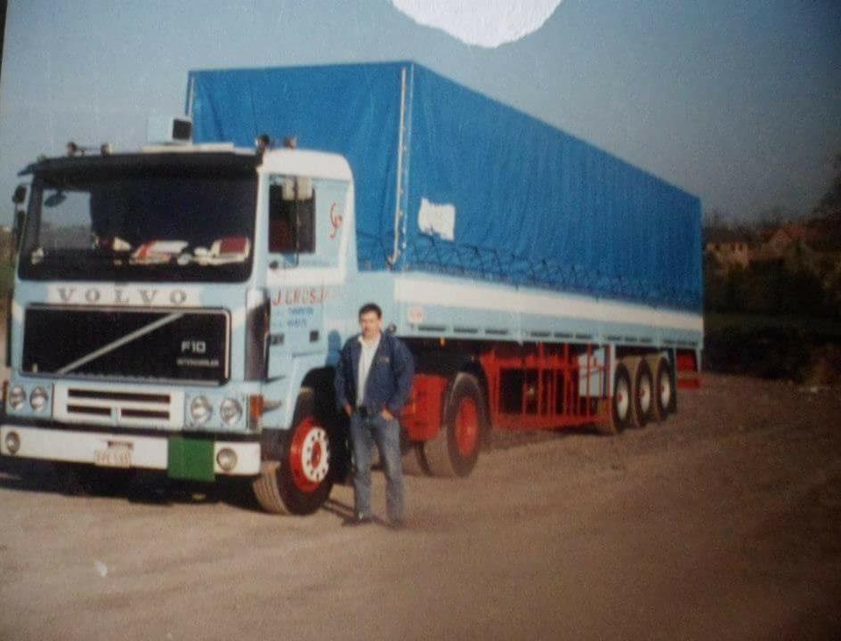 Volvo-F10-de-bestuurder-Philippe-Loslever-stierf-op-9-februari-2020