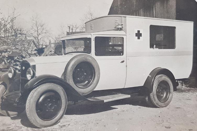 Citroen-C6-ambulanche