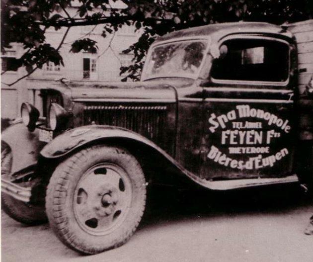 0-de-eerste-wagen-van-het-bedrijf-Johann-Peyens--archive-