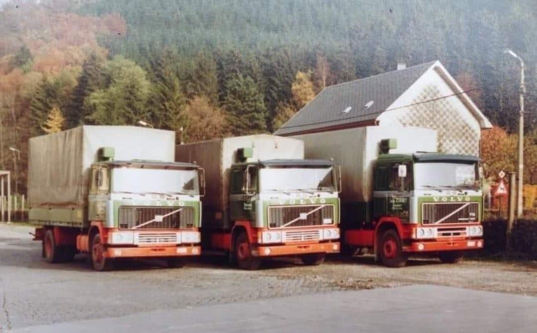 Volvo-op-de-parking-Manu-Mertens--photo-archieve