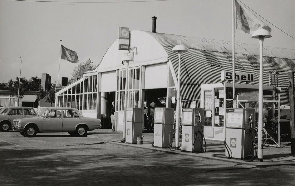 Simca-garage-in-Beverwijk--circa-1970