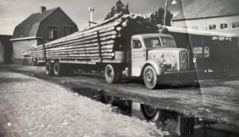Scania-Vabis--houtwagen-Robin-van-Beek-archief