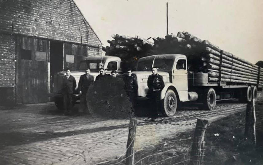 Scania-Vabis--houtwagens-Robin-van-Beek-archief