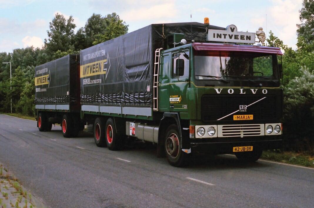 Volvo-(30)