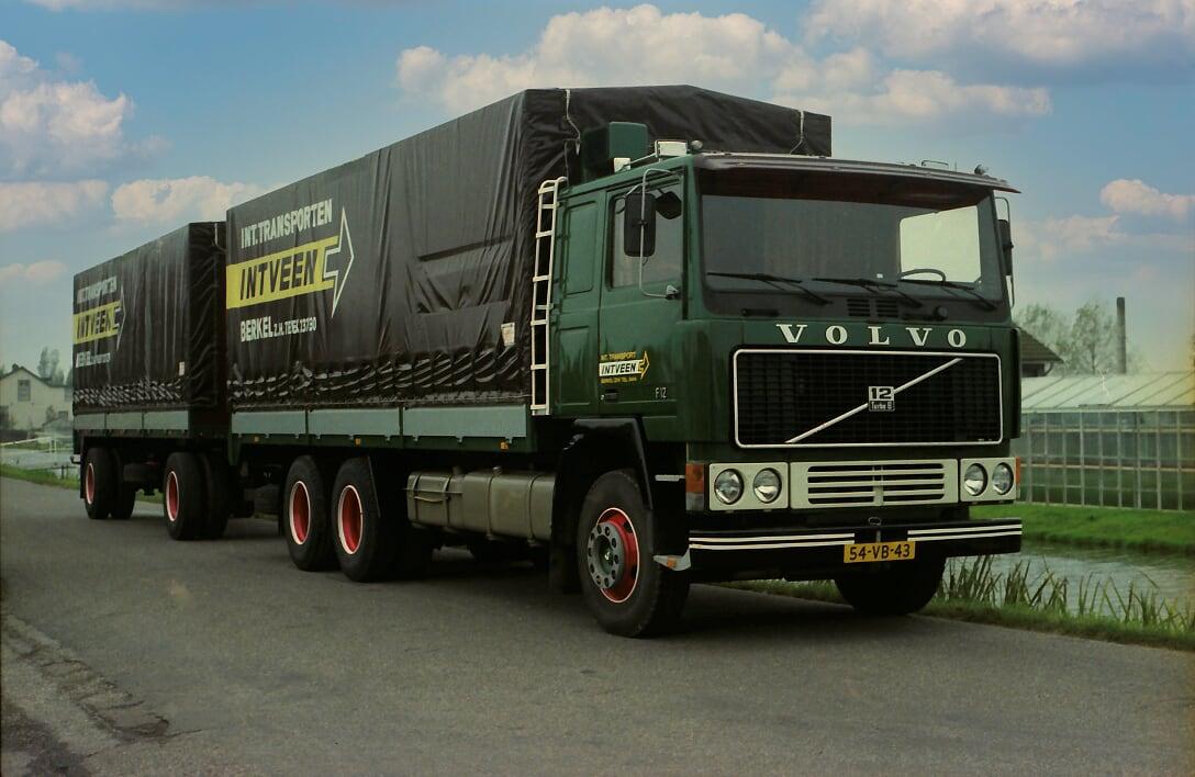 Volvo-(40)