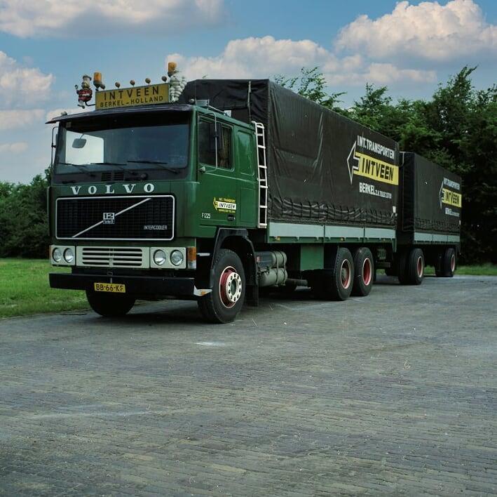 Volvo-(54)