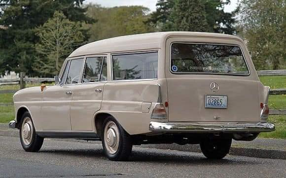 Mercedes-Benz-Fintailwagen-1964--(3)