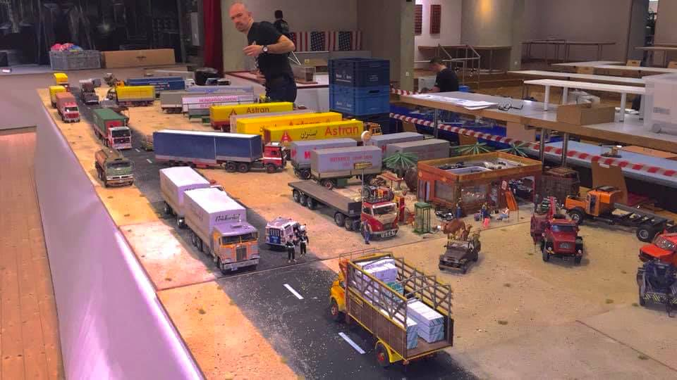 Modellbau-Truck-(22)