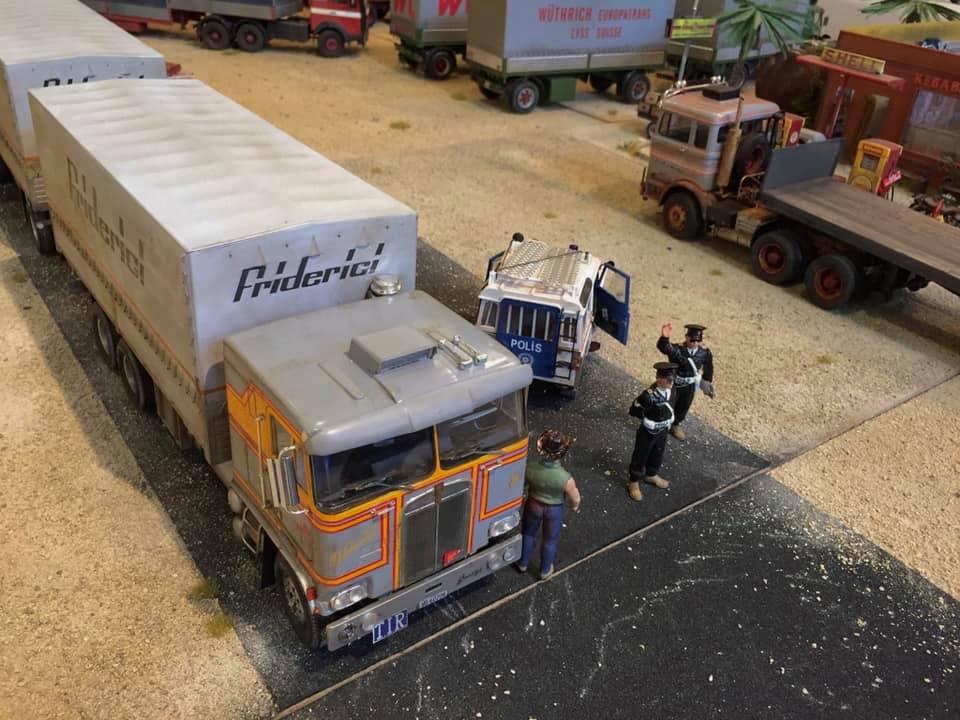 Modellbau-Truck-(25)