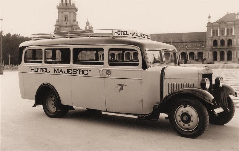 Hispano-Suiza---Het-Majestic-Hotel-klasse-in-Las-Palmas