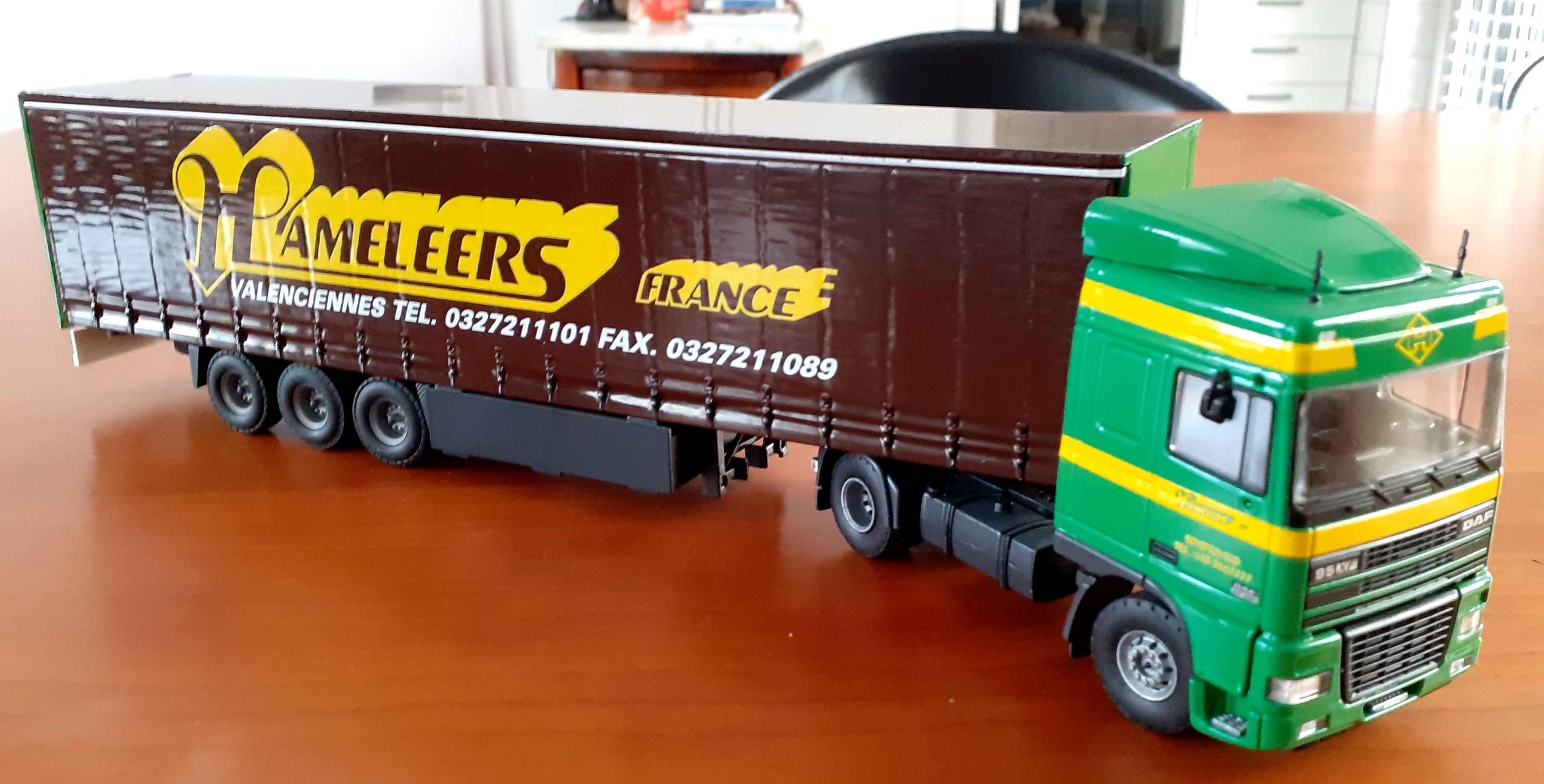 Hameleers-Xavier-Walstock-berwerkte-delen-modellen-(37)
