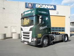Scania-bij-de-dealer