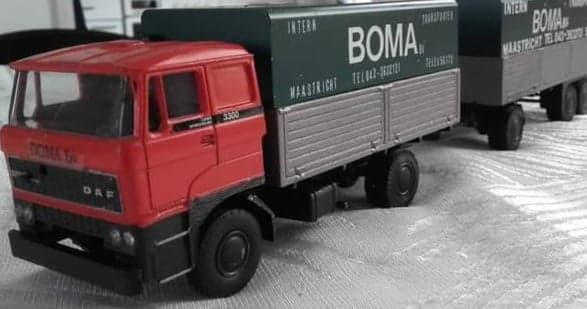 Boma-Xavier-Walstock-heeft-deze-modellen-bewerkt-(24)
