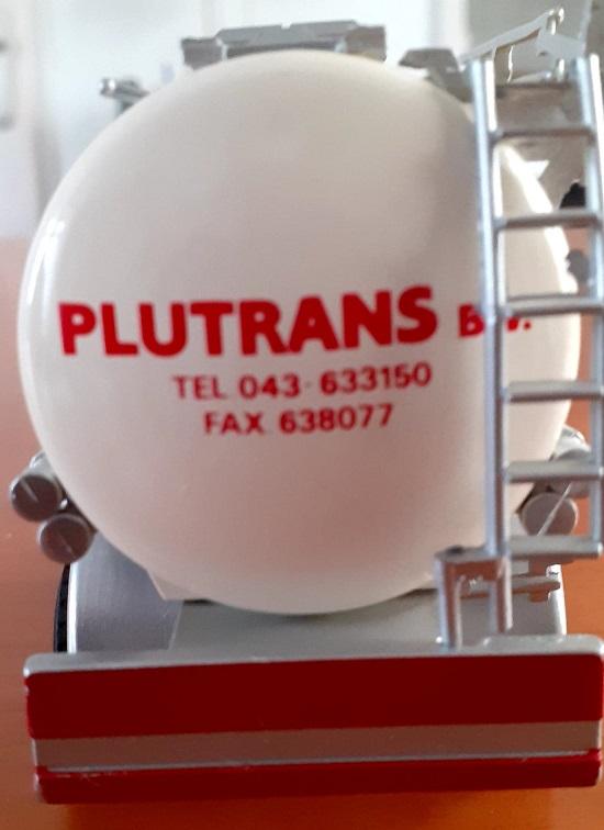 Plutrans-Xavier-Walstock-heeft-deze-modellen-bewerkt-(6)