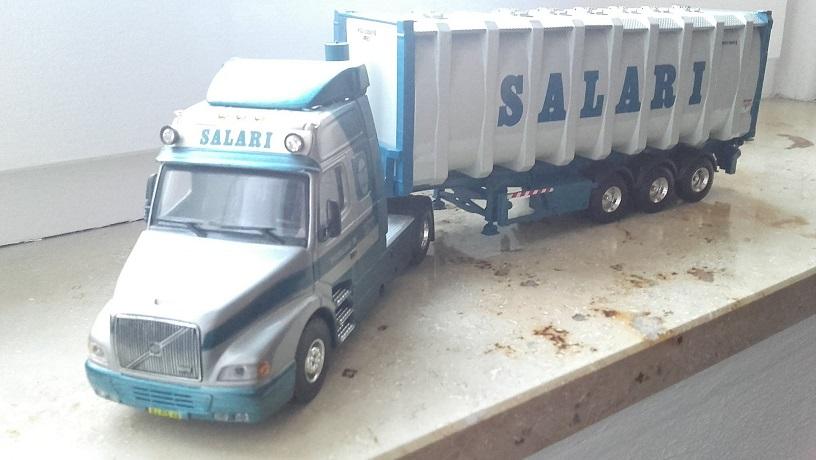 Salari-Xavier-Walstock-heeft-deze-modellen-bewerkt--(3)