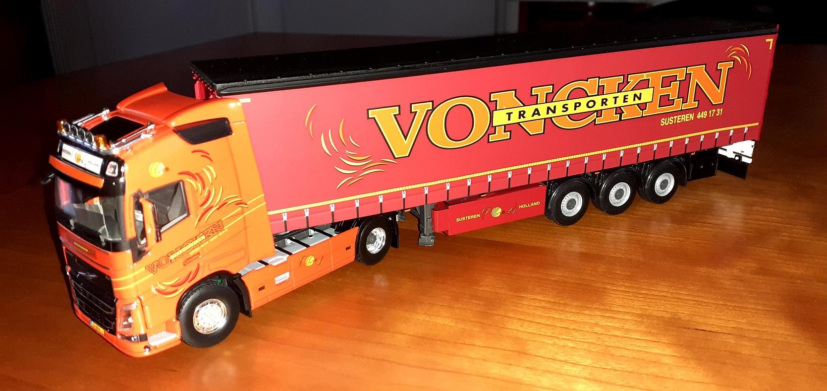 Voncken-Xavier-Walstock-heeft-deze-modellen-bewerkt-(4)