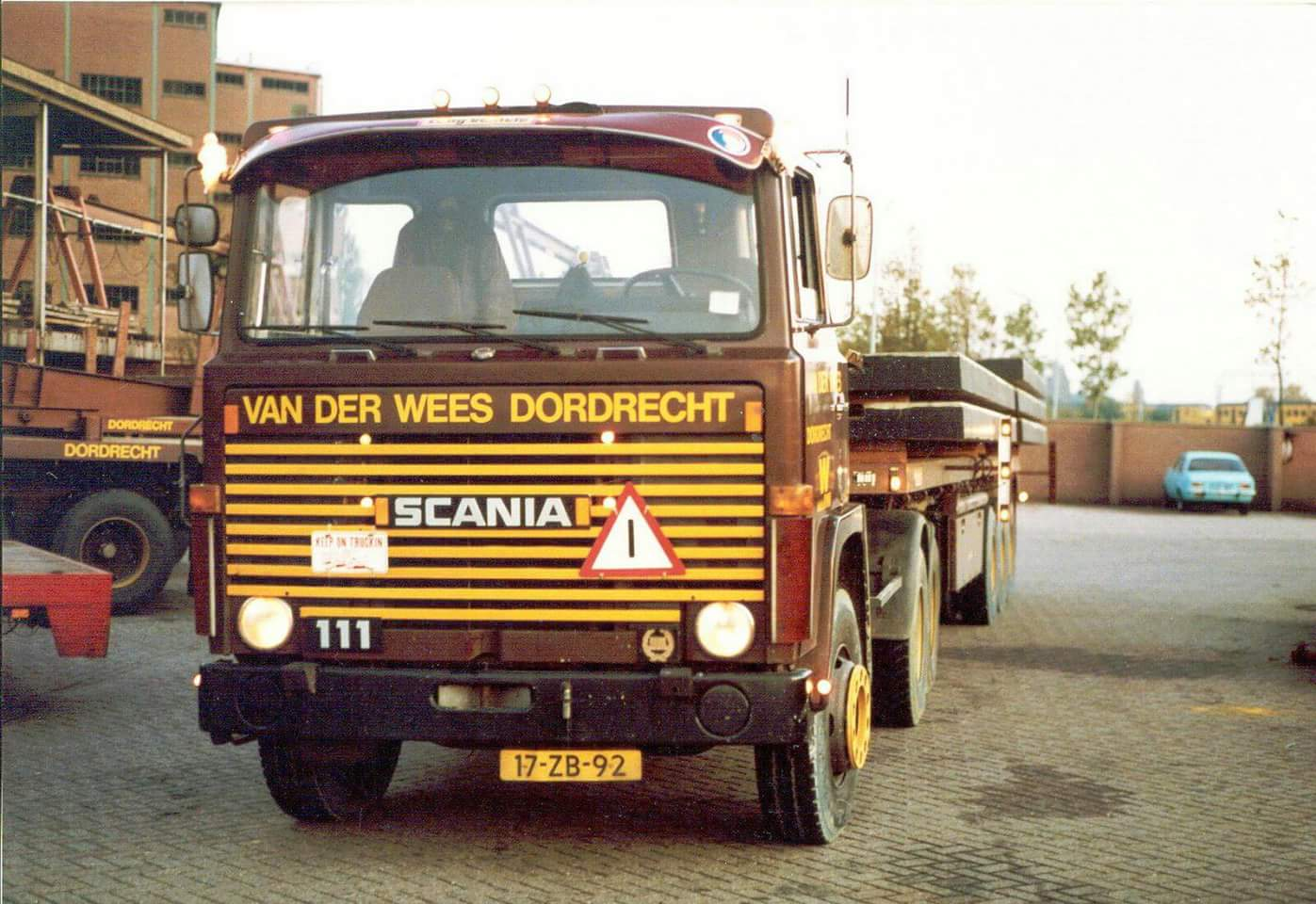 Scania--111-