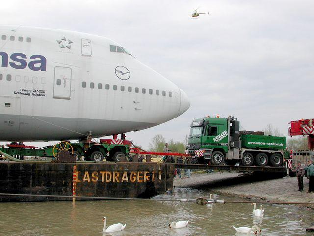 Transport-Boeing-747-februari-2003-(4)