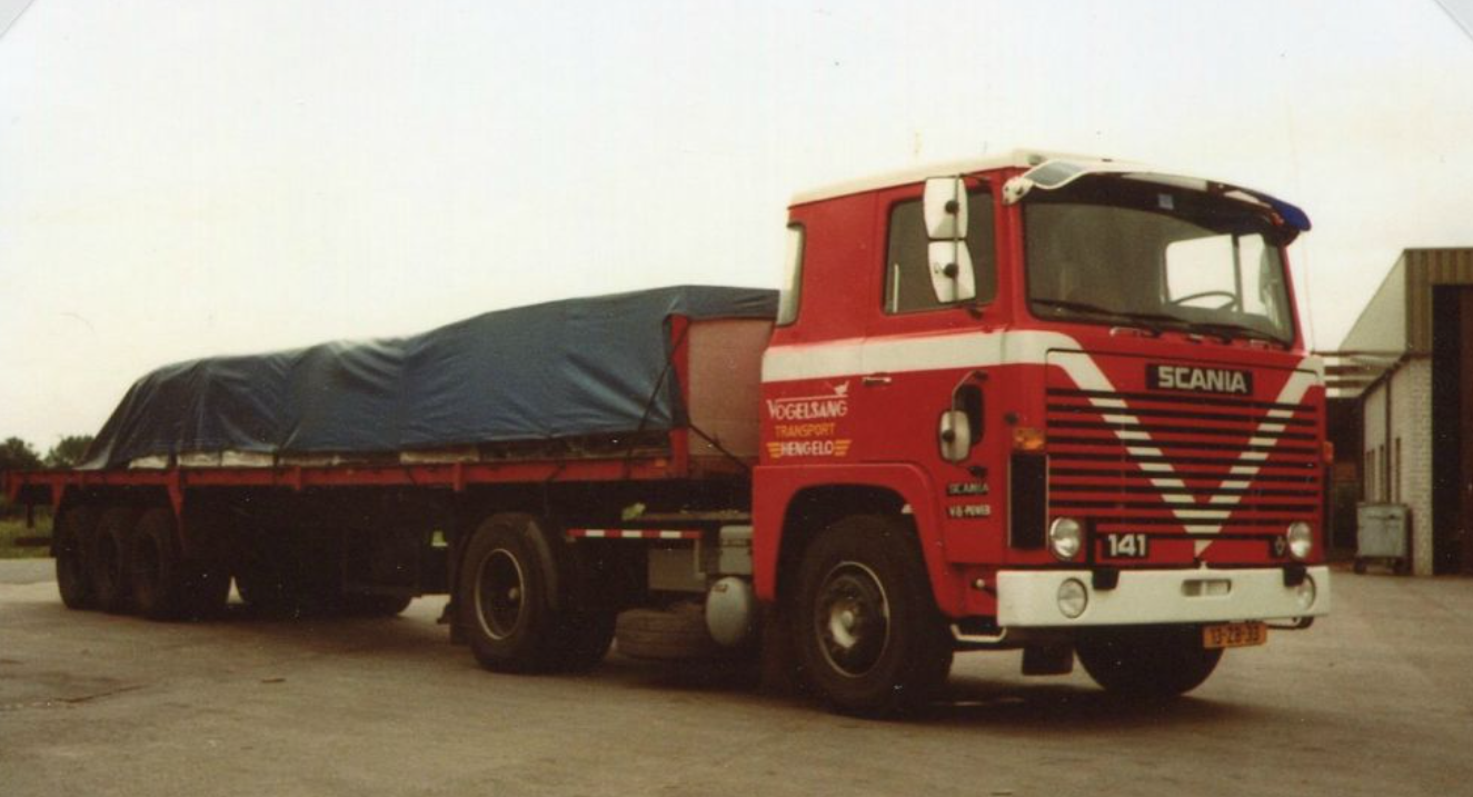Scania-V8-met-halve-vracht