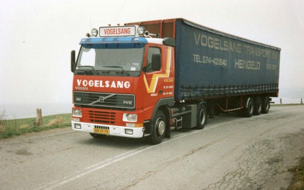 Volvo-FH-12-met-de-oude-kleuren
