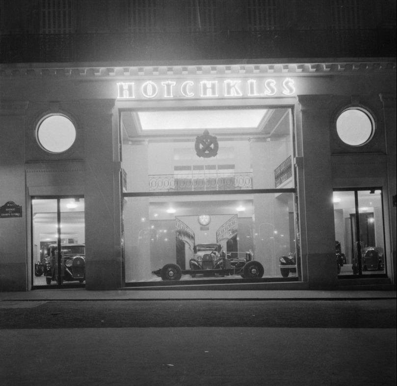 Hotchkiss-reclamestudie--Champs-Elysees-1932-