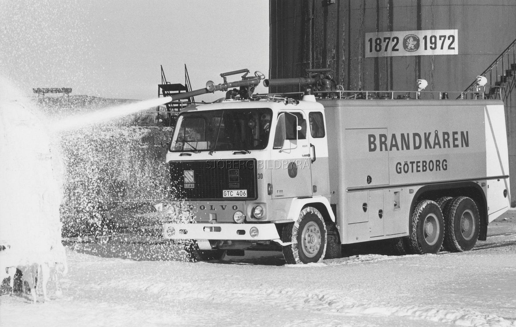 Volvo-F-89-6X4-Brandweer-