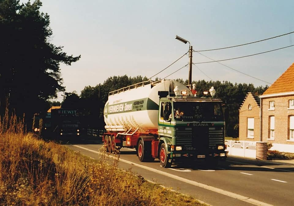 Dirk-Van-den-Put--Tijdens-truckrun-in-Putte-in-Nieuwstraat-Keerbergen-van-Danny-Vanuffelen