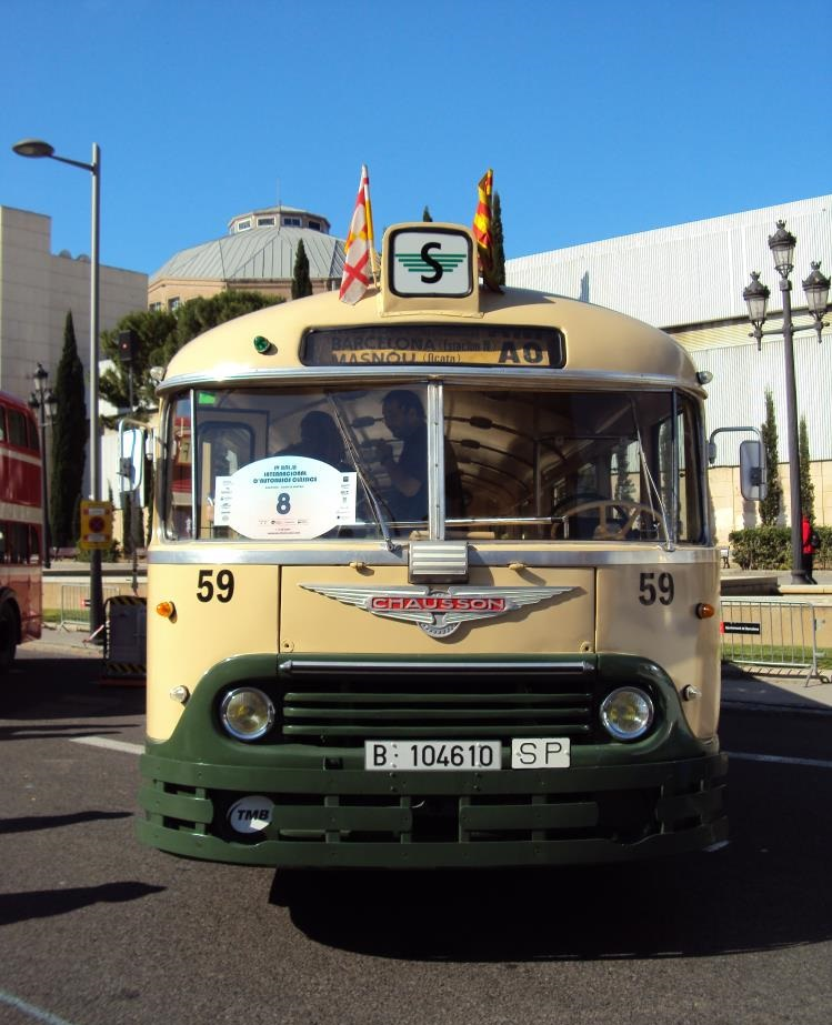 Chausson--vintage-bus-rally-barcelona-2013