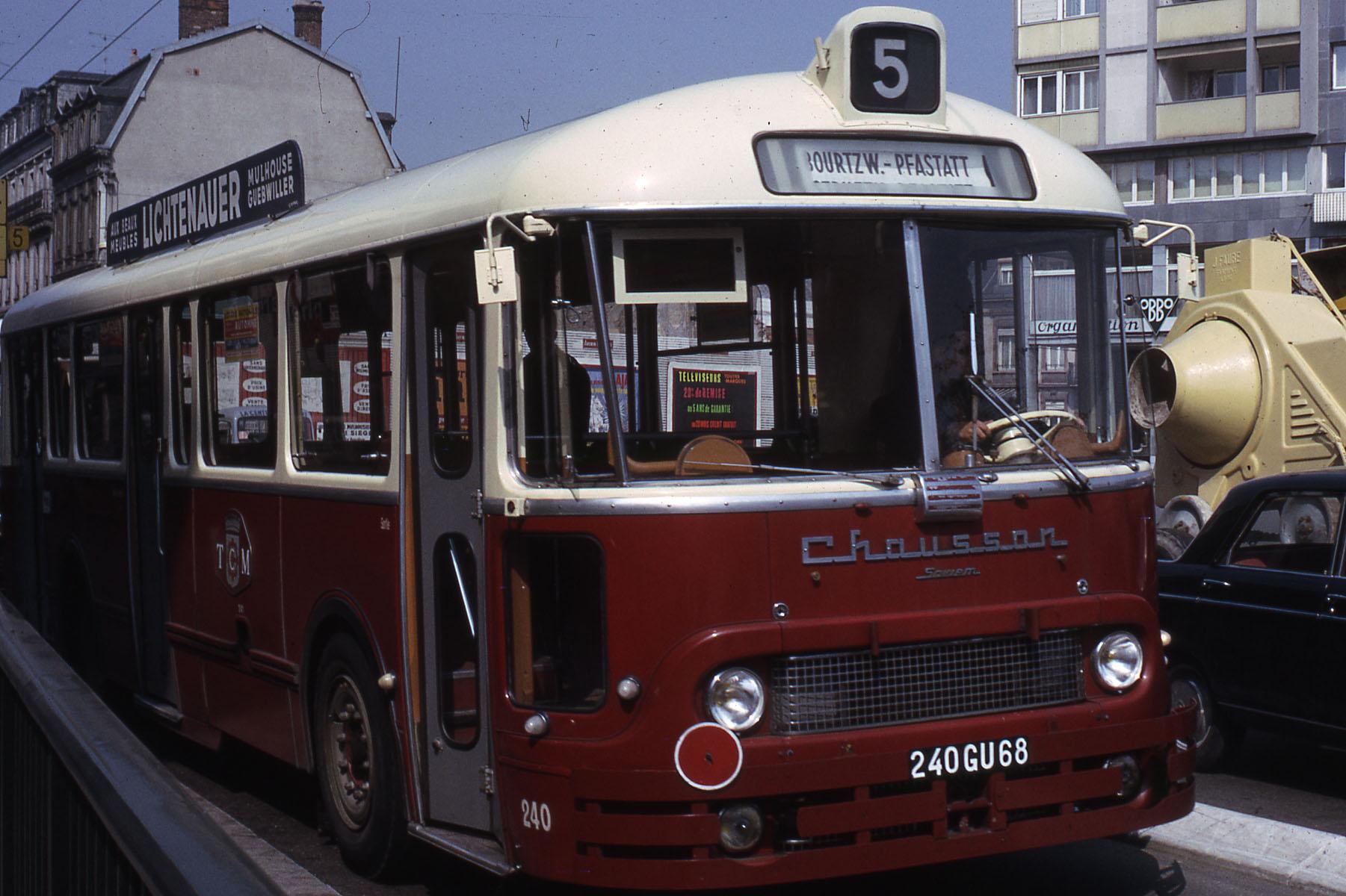 Chausson-Bus_TCC-ligne_5_Mulhouse_1966
