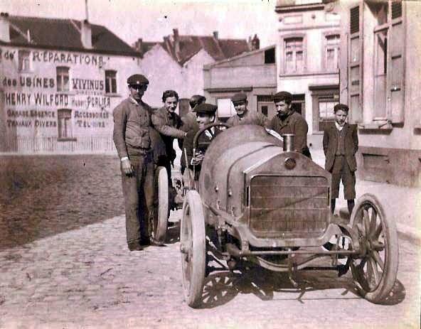 voiture-de-course-vivinus-1908