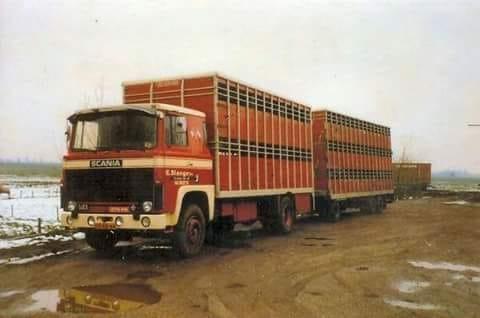 Scania-eerste--141_375-ps--